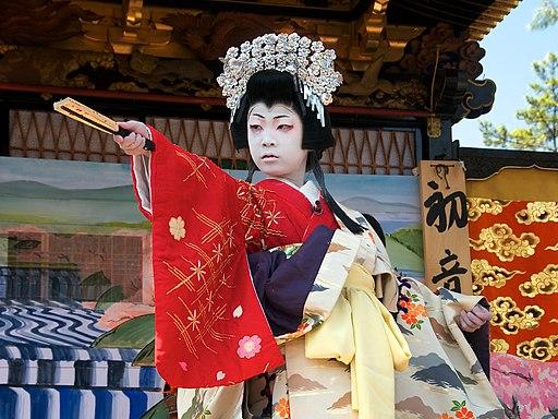 Children kabuki theater in Nagahama (lady Shizuka, 10 y.o.); 2013