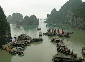 English: Halong Bay, Vietnam