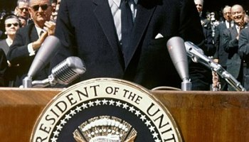 john fitzgerald kennedy essay John f kennedy john f kennedy john fitzgerald kennedy was one of the most charismatic the following essay would deal with.