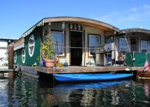 Houseboats for Boat Houses
