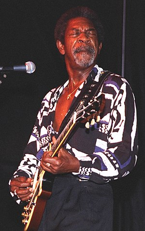 English: Luther Allison performing at the 1996...