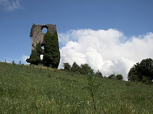 English: Annagh Castle Ruined Castle in Annagh...