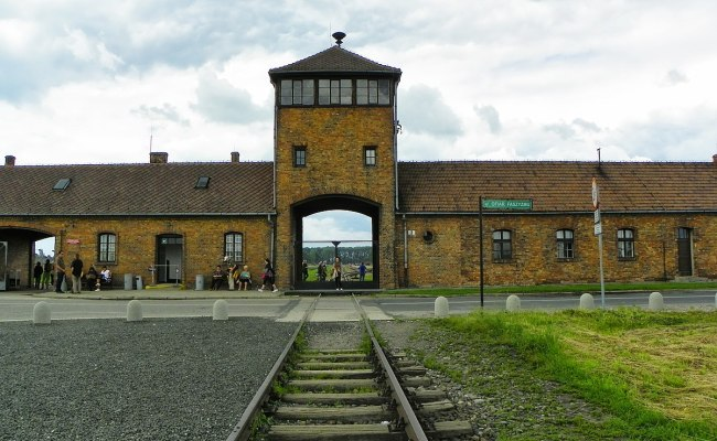 Auschwitz Concentration Camp Wikipedia