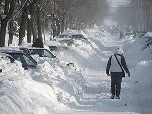 Français : Lendemain de tempête de neige à Mon...