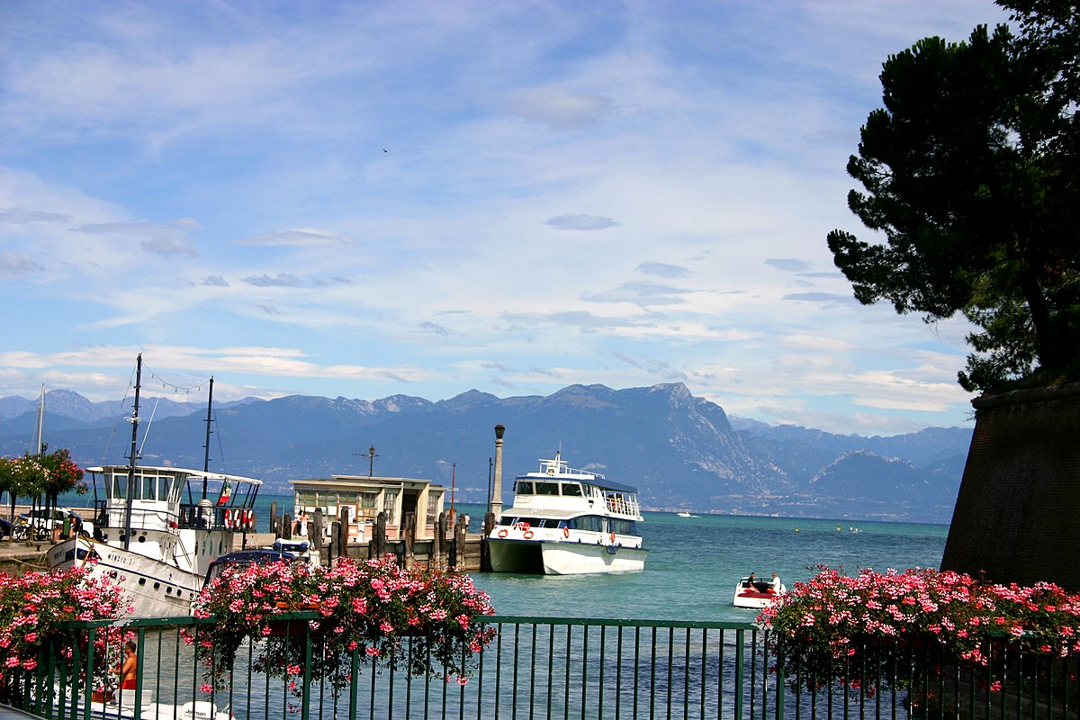 Peschiera del Garda  Travel guide at Wikivoyage