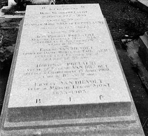 Français : Bruxelles, cimetière de Laeken, tom...