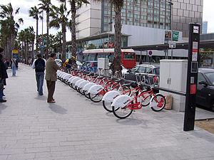 Estació del Bicing de Barcelona de l'Hospital ...