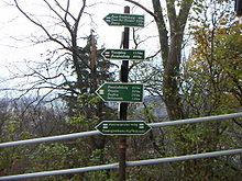 Fernwegweiser am Fuchsturm