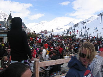 English: folie douce