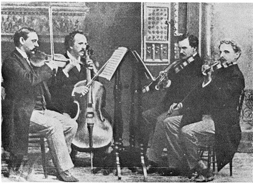 https://i0.wp.com/upload.wikimedia.org/wikipedia/commons/thumb/5/59/KneiselQuartet.jpg/512px-KneiselQuartet.jpg