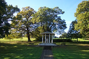 English: The Magna Carta Memorial at Runnymede...