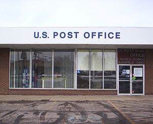 English: U.S. Post Office Lincoln Branch in Ma...