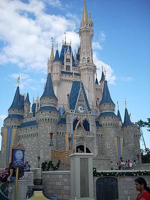 English: A picture of the Cinderella Castle at...
