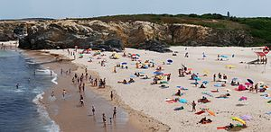 English: Praia Grande (Large Beach) in Summer....