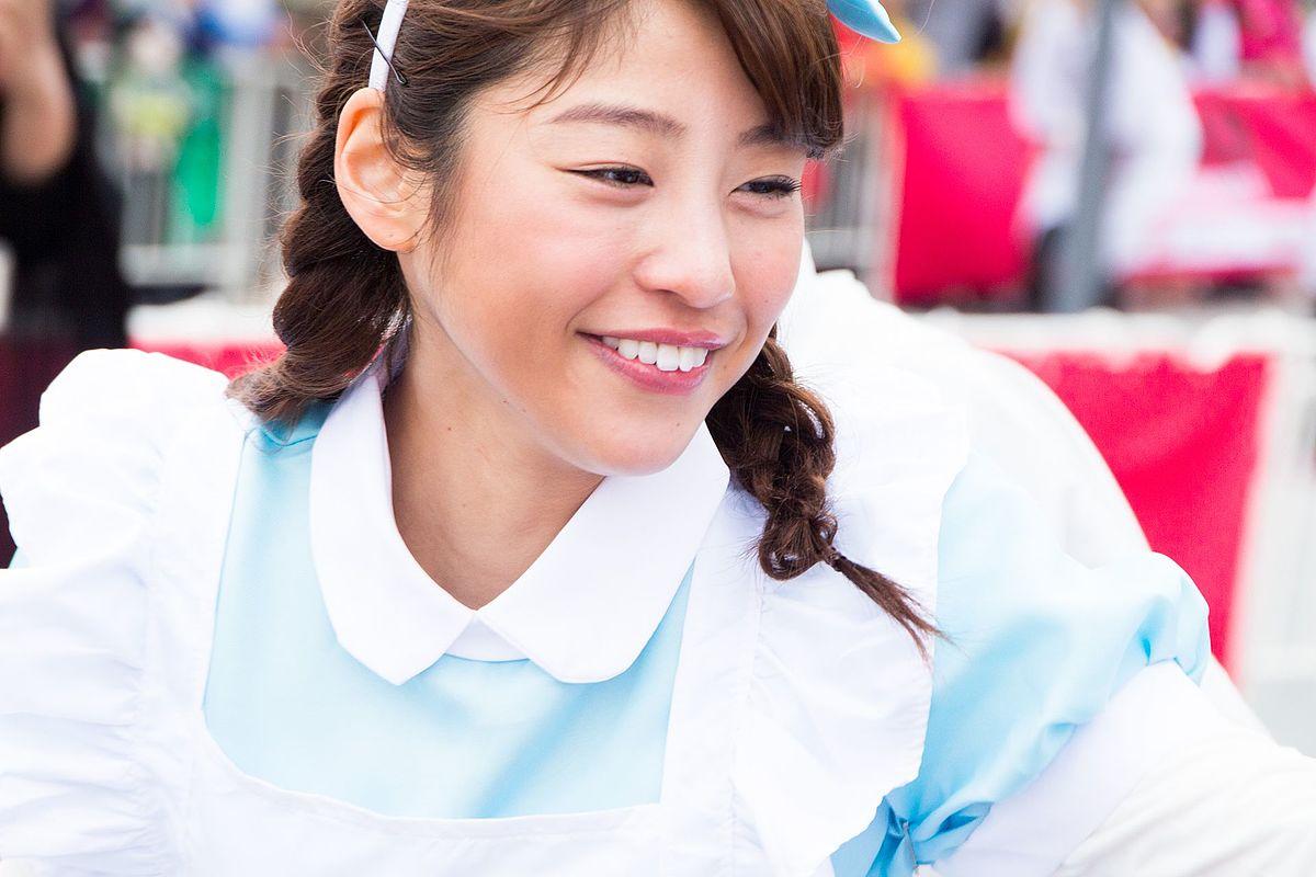 岡副麻希 - Wikipedia
