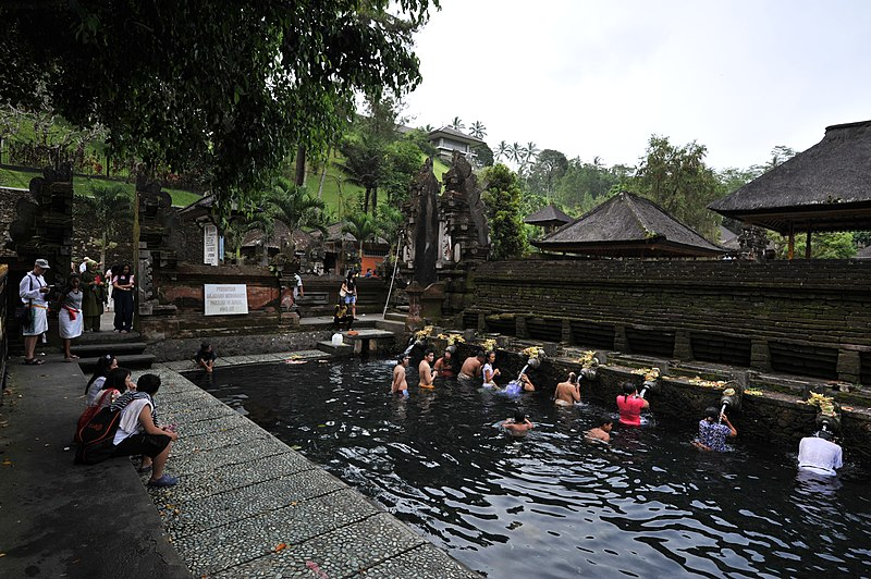 File:1 tirtha empul temple.jpg