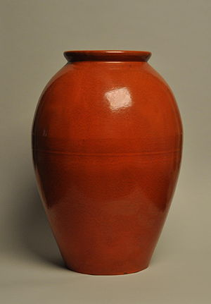 English: Catalina Pottery oil jar