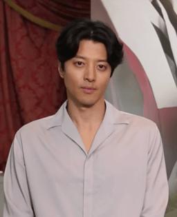Lee Dong-gun May 2017