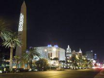 File Luxor Hotel And Casino Night Las