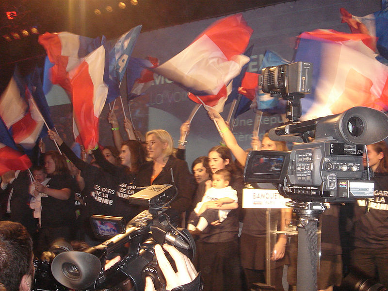 File:Marine Le Pen banquet des Mille Paris XV l maitrier éléctions presidentielles.jpg