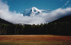 Mount Robson, Mount Robson Provincial, overseas living.