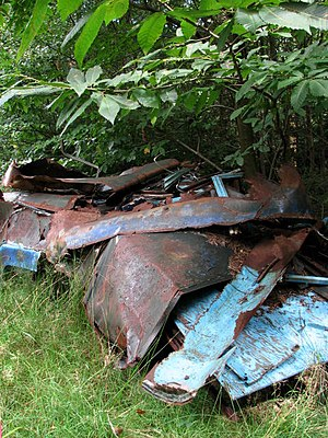 English: A heap of scrap metal