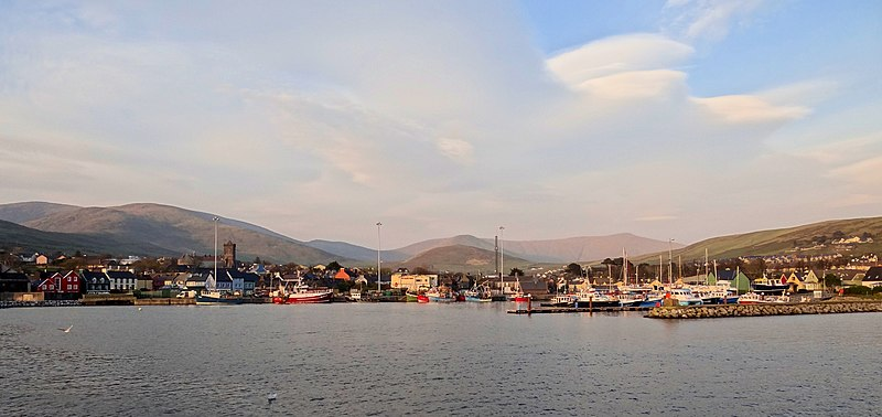 File:Dingle-Skyline-2012.JPG