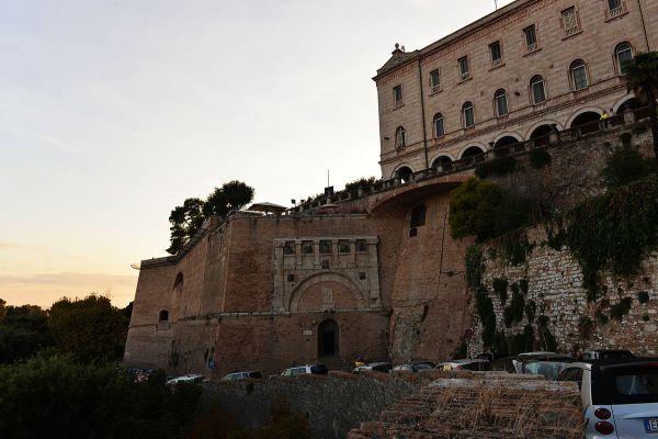 Perugia Travel Guide Wikivoyage