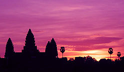 Sunrise at angkor wat.jpg