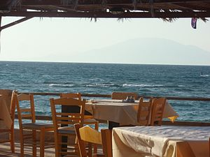 English: Tavern at Alykes Beach, Zakynthos, Gr...