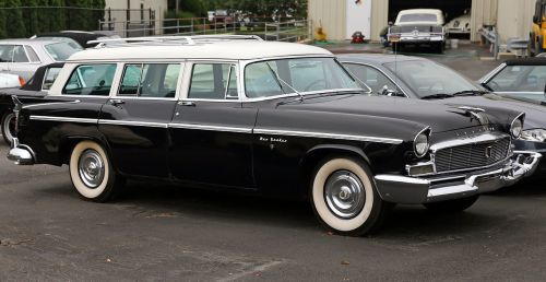 small resolution of file 1956 chrysler new yorker town country fr jpg