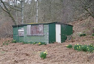 English: Cabin in the woods Near the Otter Bur...