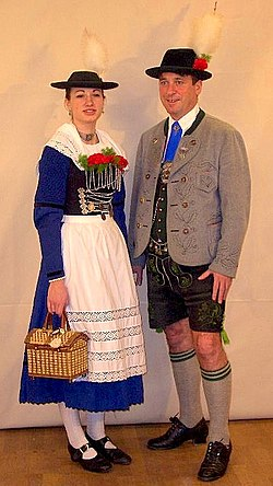 El tradicional traje de Miesbach.