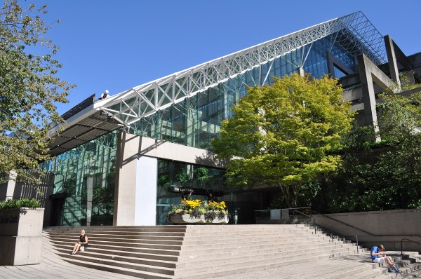 Law Courts Vancouver - Wikipedia