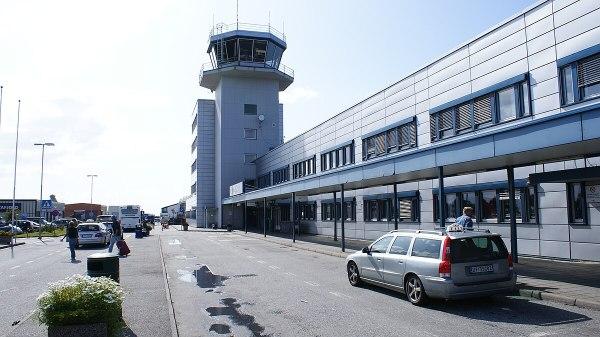 197lesund Airport Vigra Wikipedia