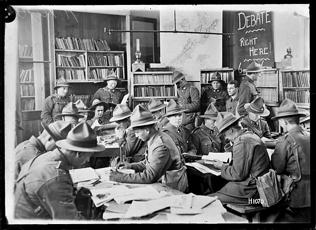 FileSoldiers inside the YMCA library in Beauvois France