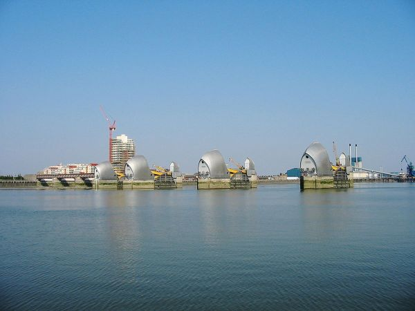 Thames Barrier - Wikipedia