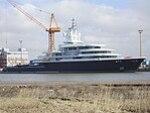 Yacht Luna Lloyd shipyard.jpg