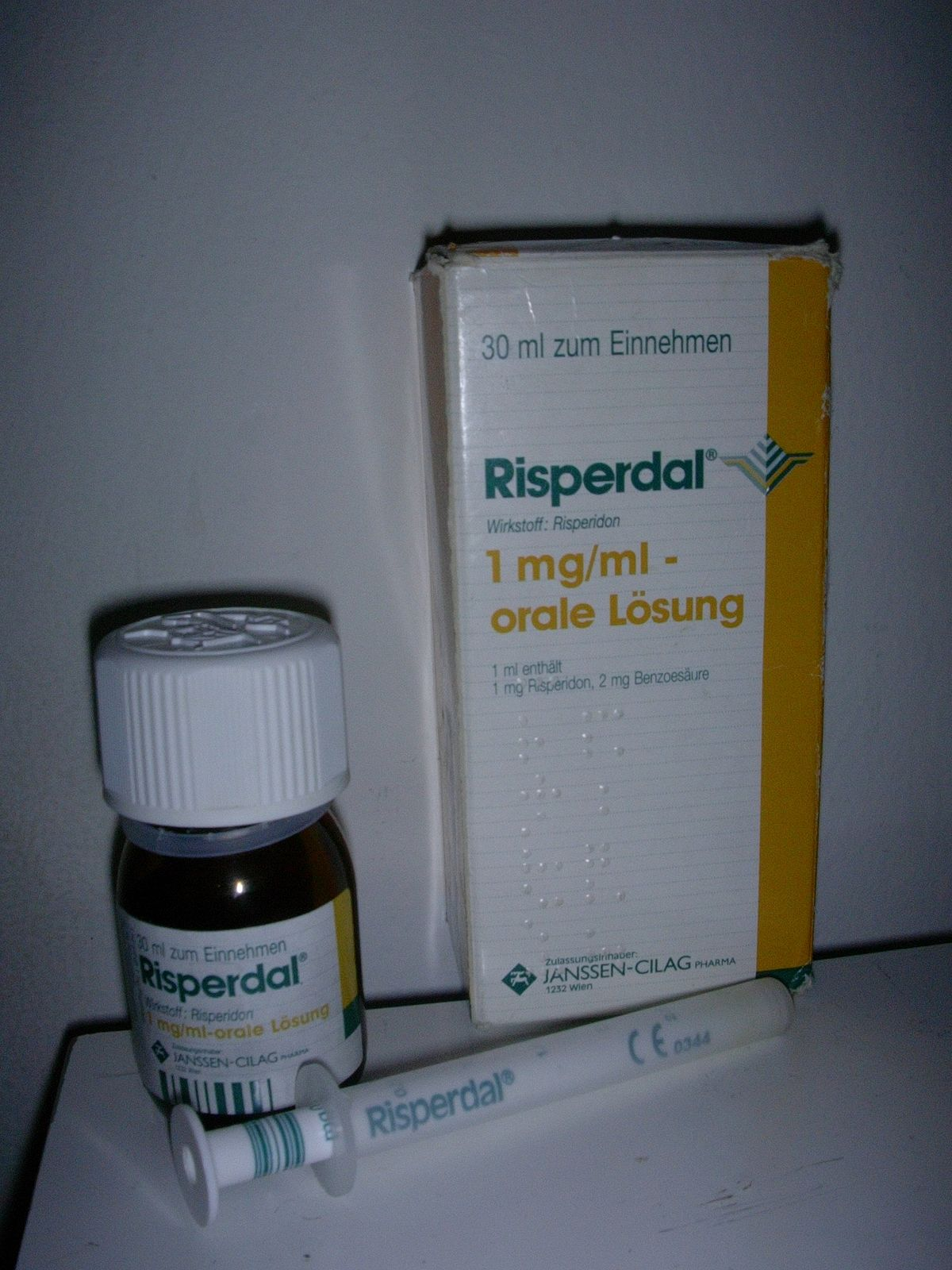 File:Risperdal oral solution.JPG - Wikimedia Commons