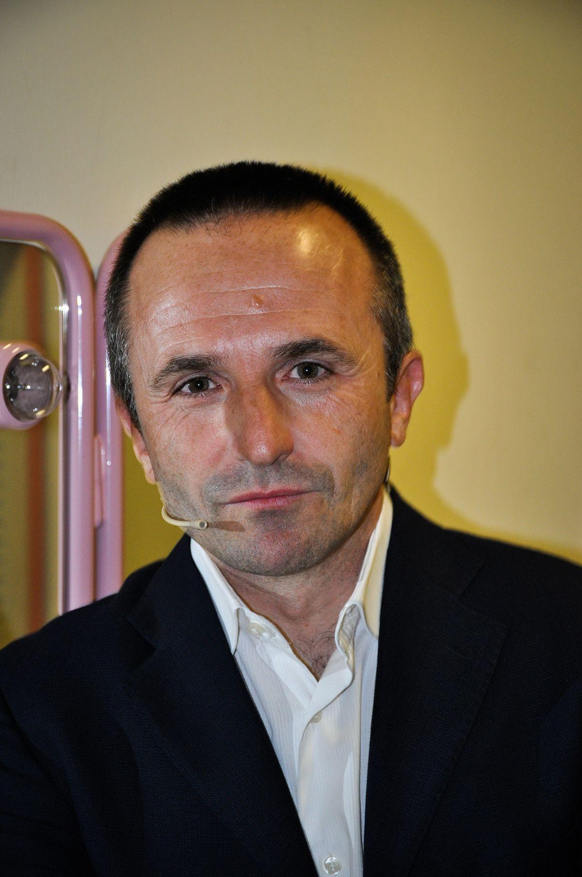 Fabrizio Gatti  Wikiquote
