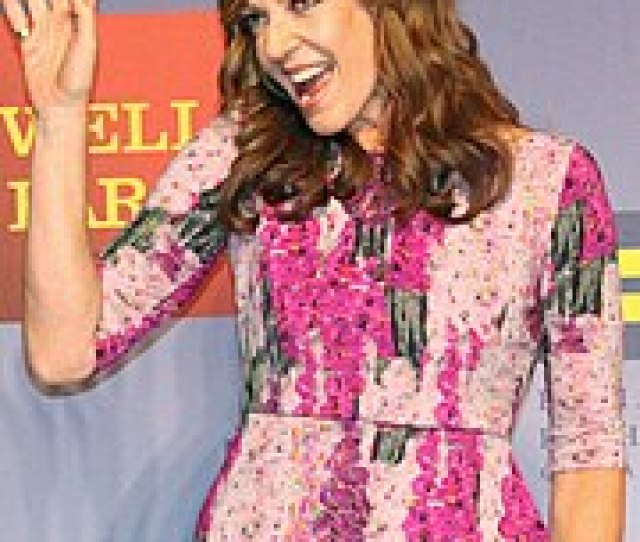Allison Janney Has Received Unanimous Acclaim For Her Performance As Bonnie Plunkett Throughout The Shows Running And Has Received Primetime Emmy Award