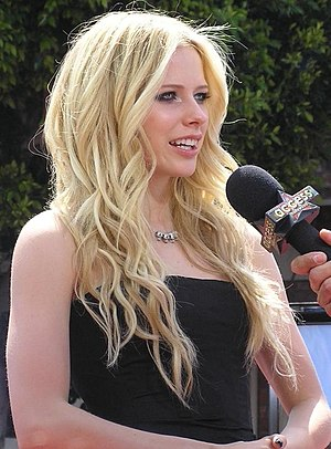 Avril Lavigne at the Los Angeles premiere for ...
