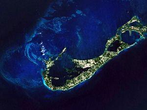 Română: Bermuda from space