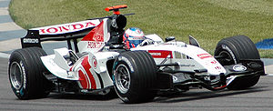 Button (BAR) qualifying at USGP 2005.jpg