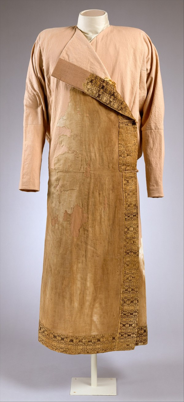 8th Century Clothing