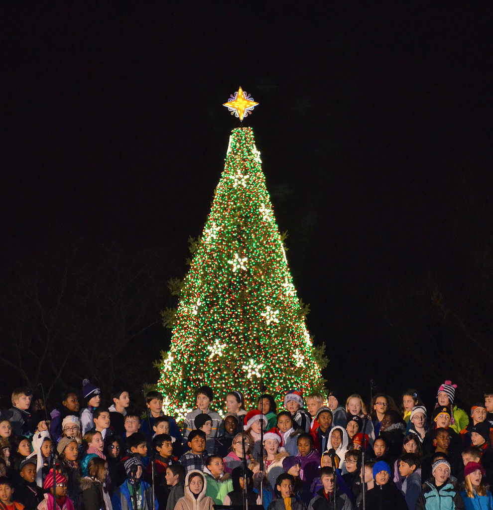 FileChildrens Choir US National Christmas Tree 2012jpg