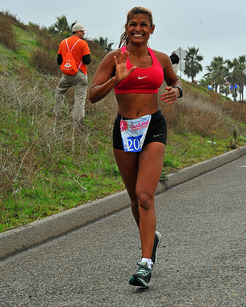 File:Smiling Woman Runner (8425517545).jpg