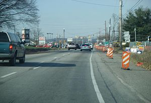 Westbound U.S. Route 422 (Benjamin Franklin Hi...
