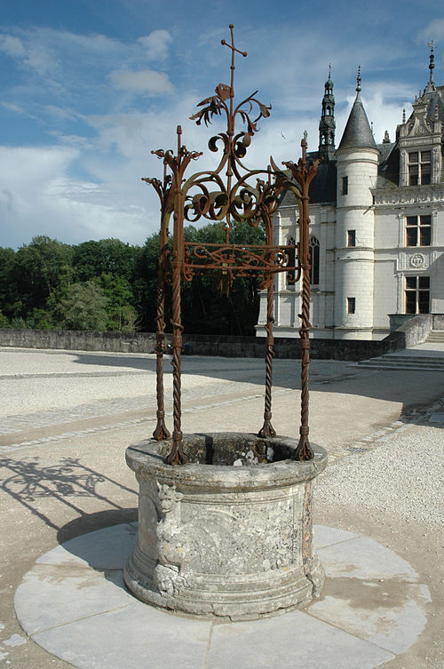 ChenonceauWell