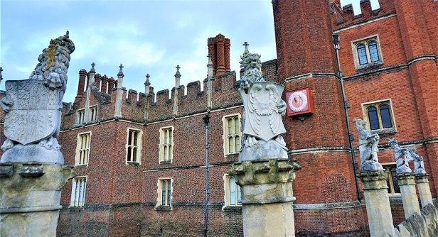 King's Beasts - Hampton Court Palace - Joy of Museums - 3